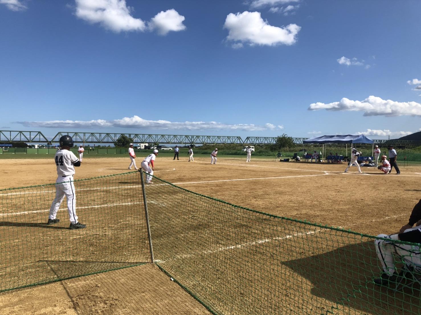 弊社隊員が全日本シニアソフトボール大会に参加しました!